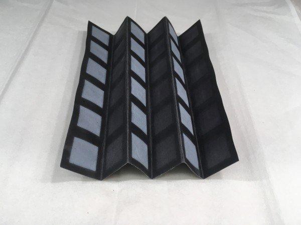 Батарейка из бактерий на листе бумаги генерирует электричество