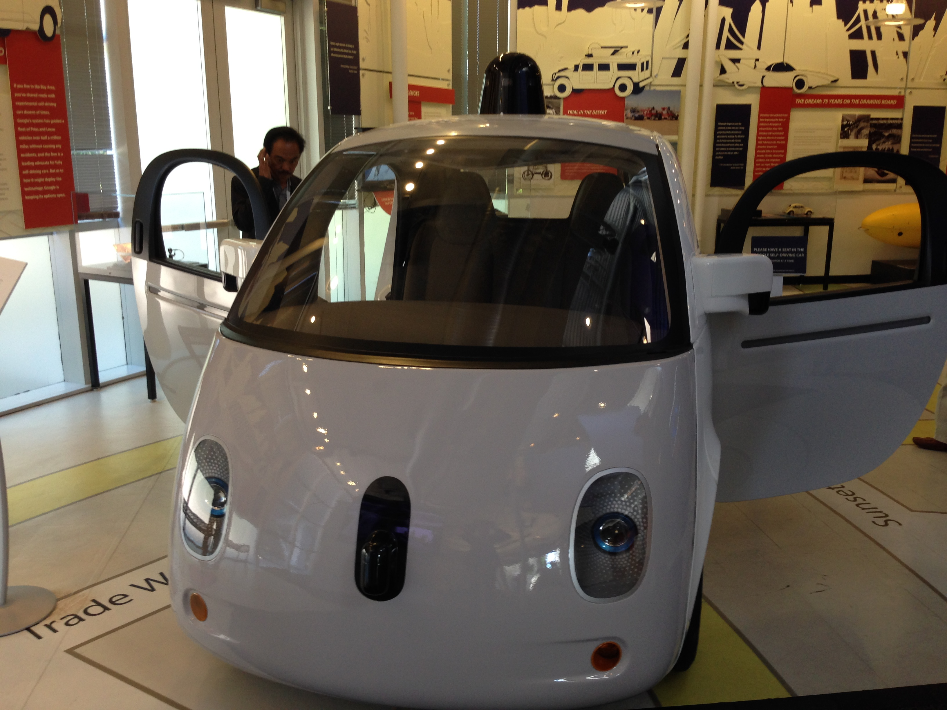 К 2035 году в мире будет продаваться около 12 млн полностью автономных транспортных средств в год