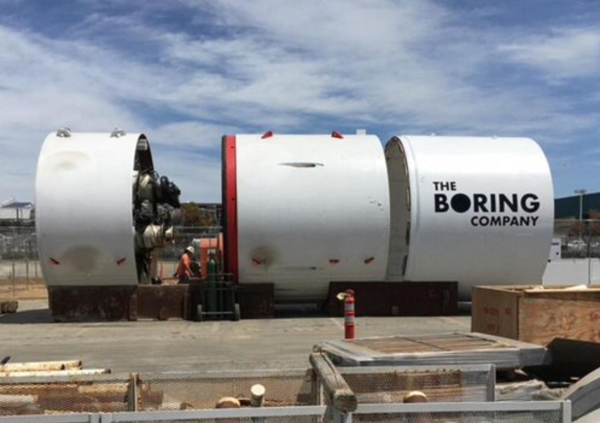 Илон Маск раскрыл новые впечатляющие детали своего проекта со скоростным подземным тоннелем