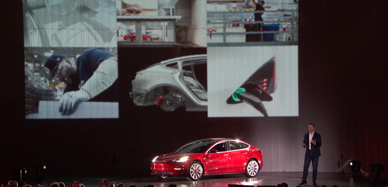 «Маск — икона, звезда. Он создает будущее, ему верят»: интервью с сотрудником компании Tesla