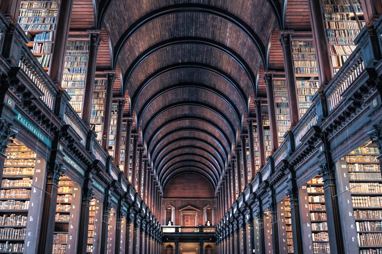 чтение книг - образование, доход, возраст