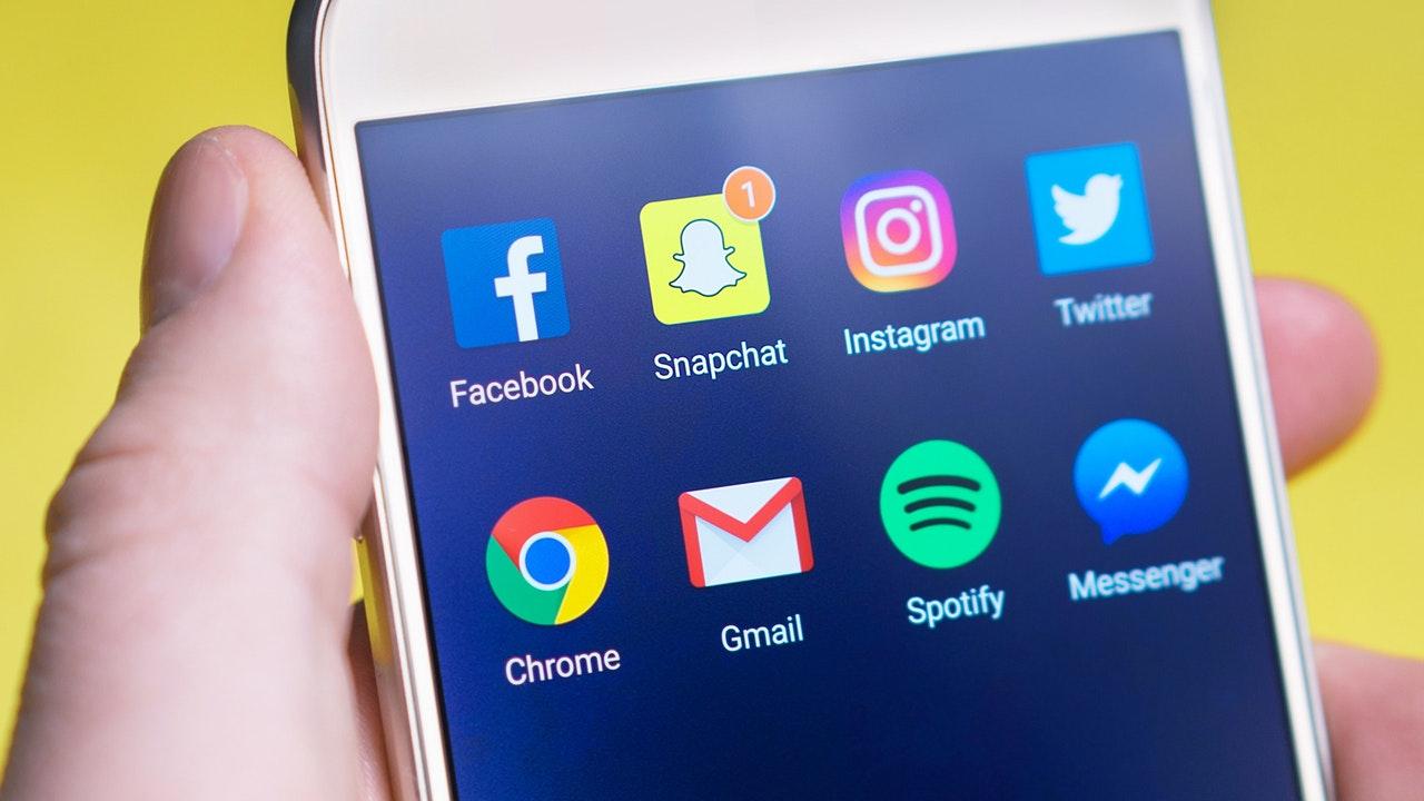 Кризис доверия: 62% пользователей хотят усилить регулирование деятельности социальных сетей