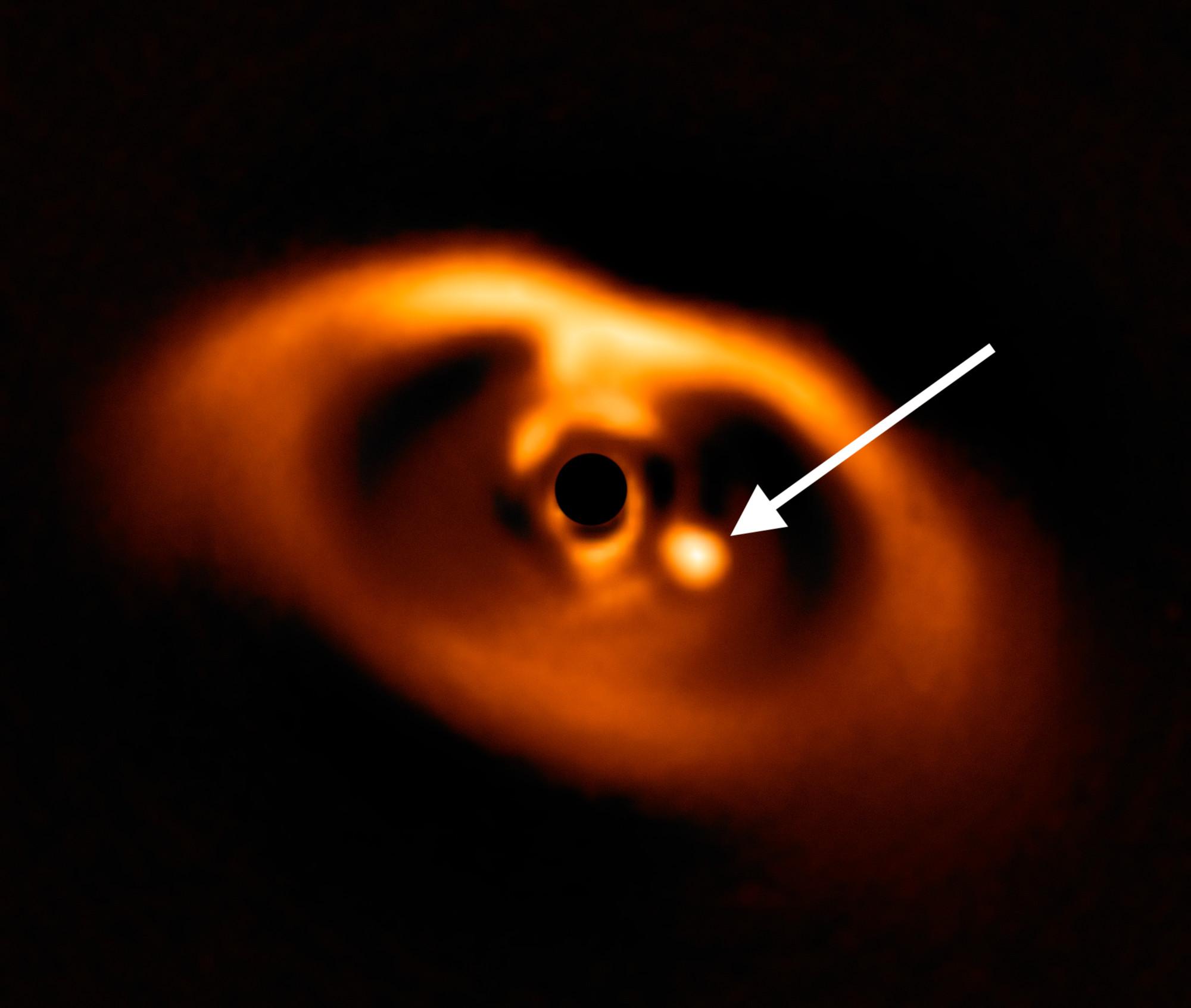 изображение новорожденной планеты - PDS 70b