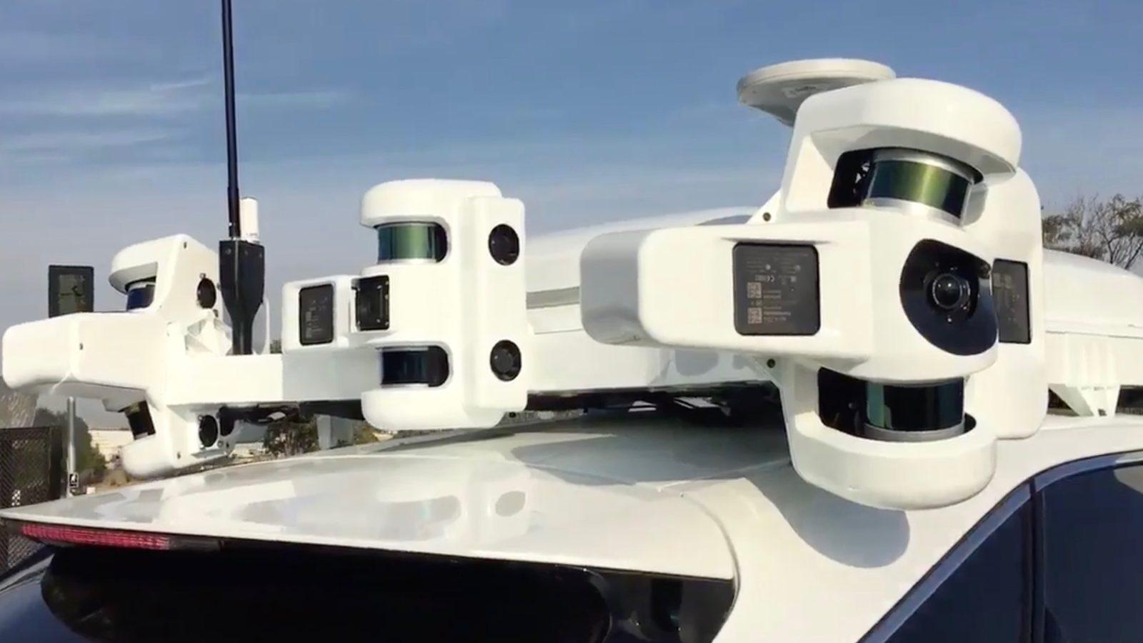 Apple наращивает флот самоуправляемых автомобилей