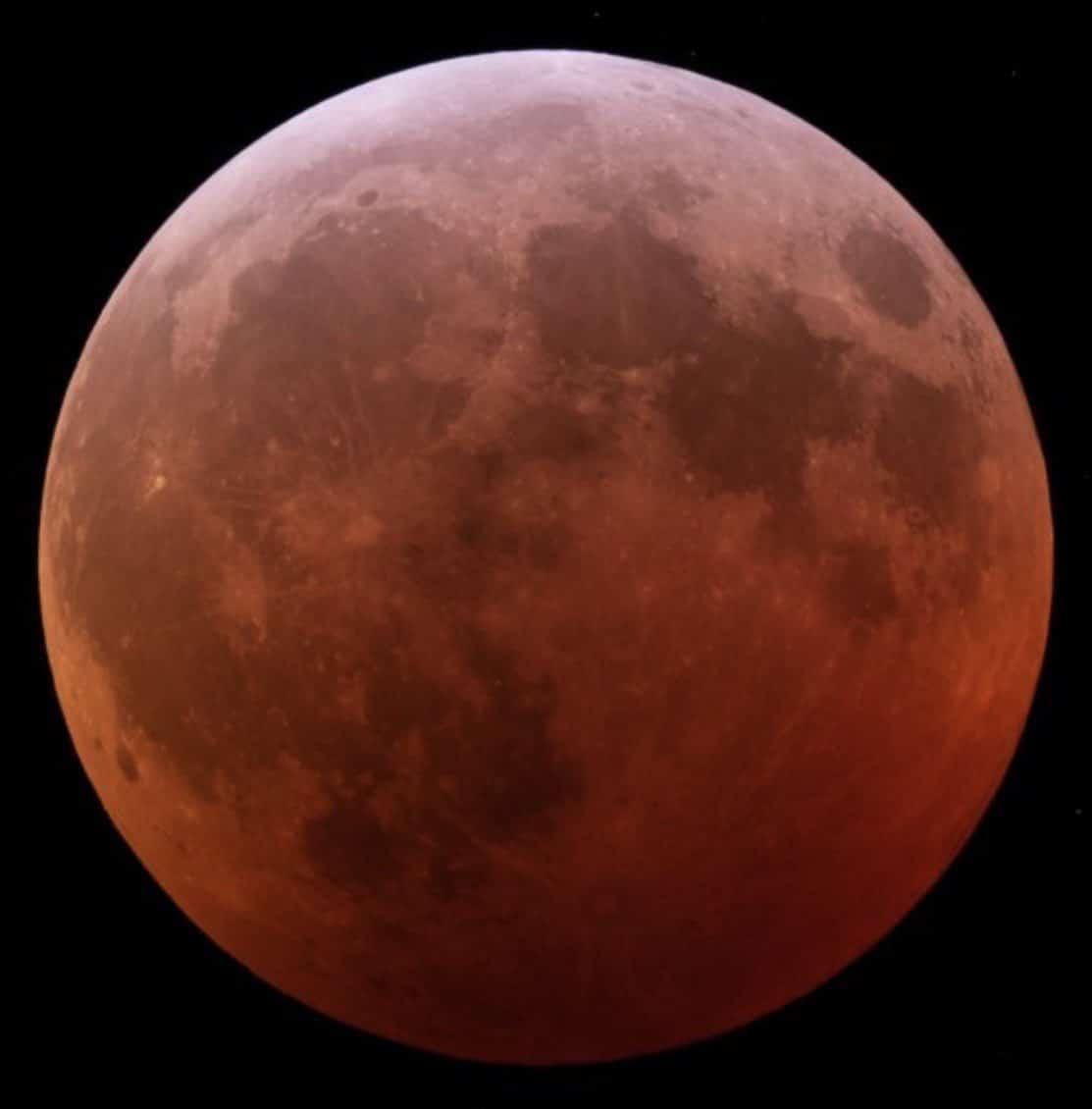 кровавая луна - полное лунное затмение blood Moon