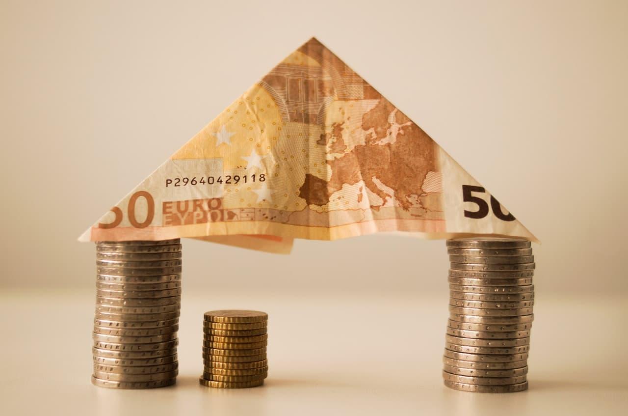 Безусловный базовый доход могут ввести в Испании